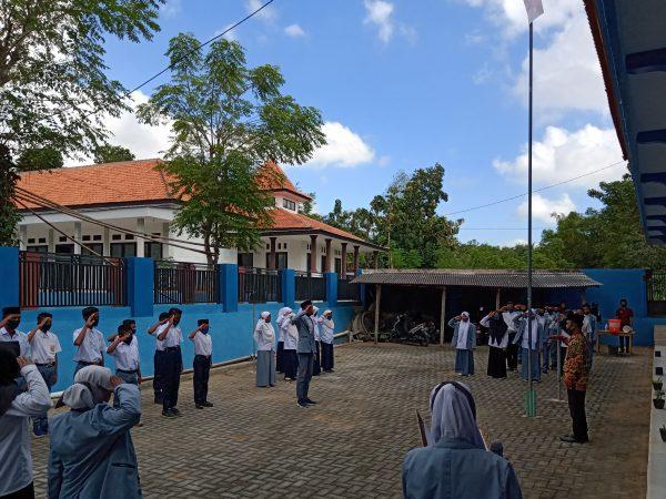 MASA PENGENALAN LINGKUNGAN SEKOLAH (MPLS) 2020 SMK ANWARUL MA'ARIF